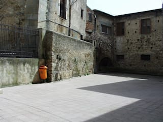Ing. Edoardo Contrafatto Classic style houses Stone White