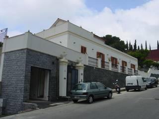 Ing. Edoardo Contrafatto Casas de estilo clásico