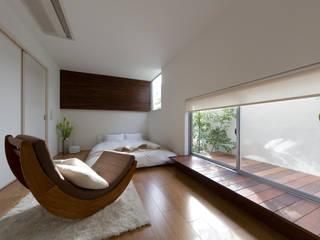 凛椛Organic: 一級建築士事務所 株式会社KADeLが手掛けた寝室です。