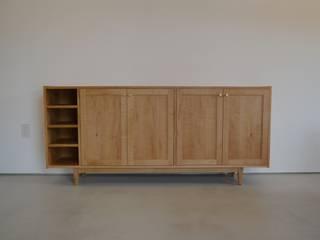 Shoes shelf: HOFF&Co.が手掛けた折衷的なです。,オリジナル