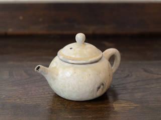 灰粉引茶壺: 八木 信樹が手掛けたアジア人です。,和風