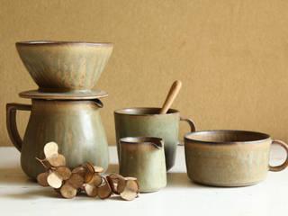 カフェ シリーズ: 陶器 あ⇔んが手掛けたです。