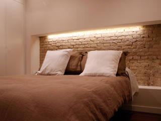 Dormitorio: Dormitorios de estilo  de beldaarquitecto