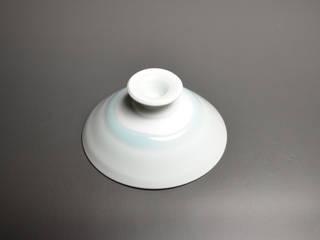 青白磁高台盃: 陶房上牧野が手掛けた折衷的なです。,オリジナル