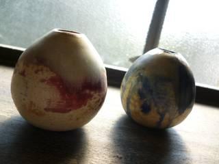 egg vase: kumiko tokuyama(Atelier mona+k)が手掛けたです。