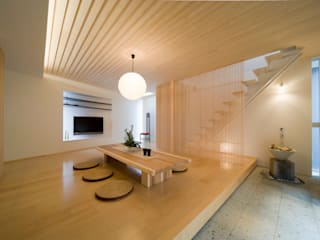 Living room by 一級建築士事務所 株式会社KADeL