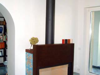 villa al mare: Soggiorno in stile  di gabriele pimpini architetto