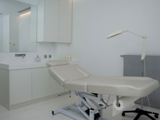 Massumeh Bondian Living 診所