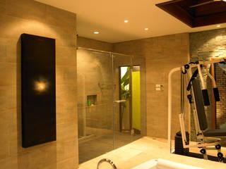 Casa Particular: Baños de estilo moderno de Bondian Living