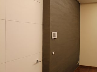 Giuseppe Rappa & Angelo M. Castiglione Modern Corridor, Hallway and Staircase Wood White