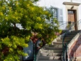 Bastide: Couloir et hall d'entrée de style  par Enclos