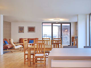 Dining room by mAIA. Architektur+Immobilien