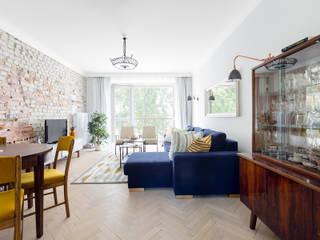 Гостиные в эклектичном стиле от Dagmara Zawadzka Architektura Wnętrz Эклектичный