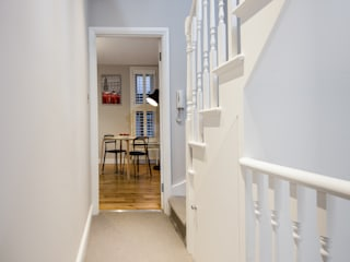 Landcroft Road - East Dulwich Classic style corridor, hallway and stairs by Oakman Classic