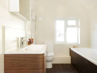 Edward Close Modern bathroom by Civic Design + Build Modern