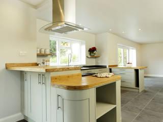 Edward Close:  Kitchen by Civic Design + Build