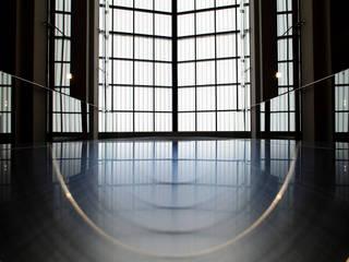 Edificios de Oficinas para Quiter y CIC Edificios de oficinas de estilo moderno de Eduardo Irago Fotografia Moderno