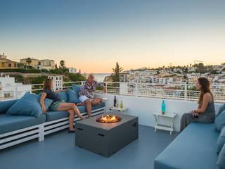 Balcones y terrazas de estilo minimalista de studioarte Minimalista