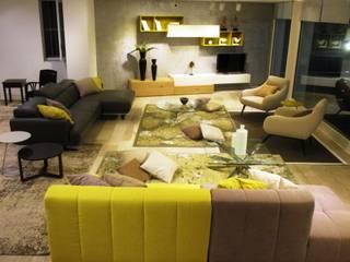 Mobili Salvati - Castel San Giorgio ( SA ): Sala da pranzo in stile  di Designerclub - Mimmo Rusoo