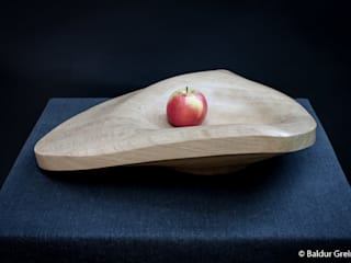 Skulpturschale *Myoida*: modern  von Bildhauer Baldur Greiner,Modern