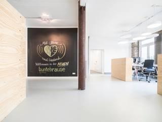 Tafelwand:  Bürogebäude von AGNES MORGUET Innenarchitektur & Design