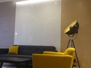 Salon de style  par Project Art Joanna Grudzińska-Lipowska, Moderne