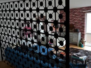 Decorative laser cut metal room divider in Black Geodots design : modern  by Lace Furniture, Modern Metal