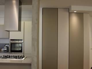 Minimalistische Küchen von RO|a_ Minimalistisch