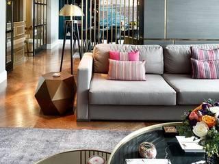 EC HOUSE: modern Living room by Esra Kazmirci Mimarlik