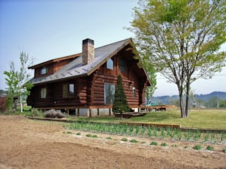 Log Cabin beside Japan Alps Casas campestres por Cottage Style / コテージスタイル Campestre