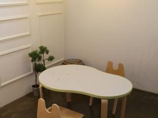 Rolly table: 토끼네집의