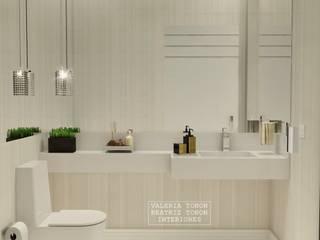 Projeto S | S Banheiros clássicos por Spazzio Design Clássico