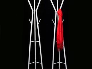 Perchero Arbol:  de estilo  por Razza Design