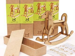 El caballito de Matias: Cuartos infantiles de estilo  por Razza Design