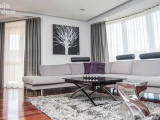 HOLADOM Ewa Korolczuk Studio Architektury i Wnętrz Minimalist living room
