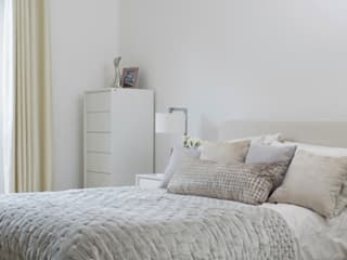 The Malvern- contemporary family home Katie Malik Interiors Modern style bedroom