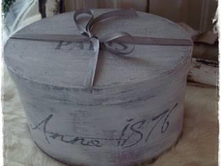 Ovale Vintage Schachtel von Brocante Weisse Lelie e.K. Landhaus