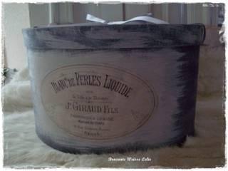 Ovale Vintage Schachtel Mittel von Brocante Weisse Lelie e.K. Landhaus