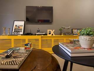 Salon de style de style Moderne par Duplex Interiores