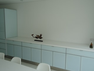Mako laboratorio KitchenBench tops Plastic White