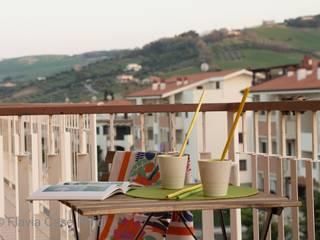 Balcon, Veranda & Terrasse méditerranéens par Flavia Case Felici Méditerranéen