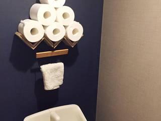 お一人様の贅沢: 高嶋設計事務所/恵星建設株式会社が手掛けた浴室です。