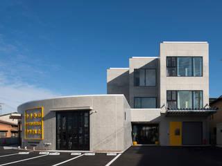 YUMITORU IMPORT の 株式会社深田建築デザイン研究所 モダン