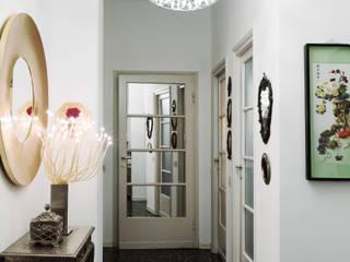 Pasillos y vestíbulos de estilo  de Studio Marco Piva, Moderno