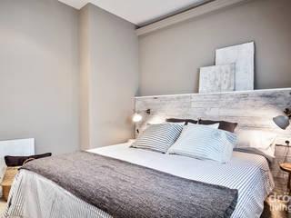 Dormitorios de estilo mediterraneo por Dröm Living