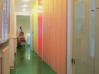 Di Origine Progettuale DOParchitetti Modern style bathrooms Multicolored