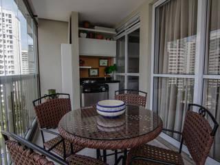 Rustic style balcony, veranda & terrace by Duplex Interiores Rustic