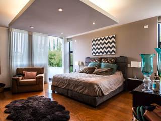 Recámara Dormitorios modernos de aaestudio Moderno