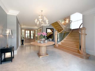 Ascot Classic style corridor, hallway and stairs by Smet UK - Staircases Classic