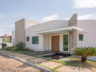 Casas de estilo minimalista de JERAU Projetos Sustentáveis Minimalista